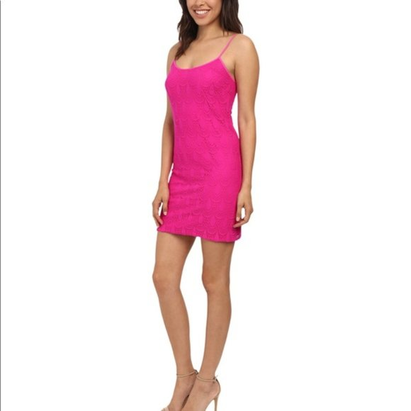 Lilly Pulitzer Dresses & Skirts - Lilly Pulitzer Hot pink dress
